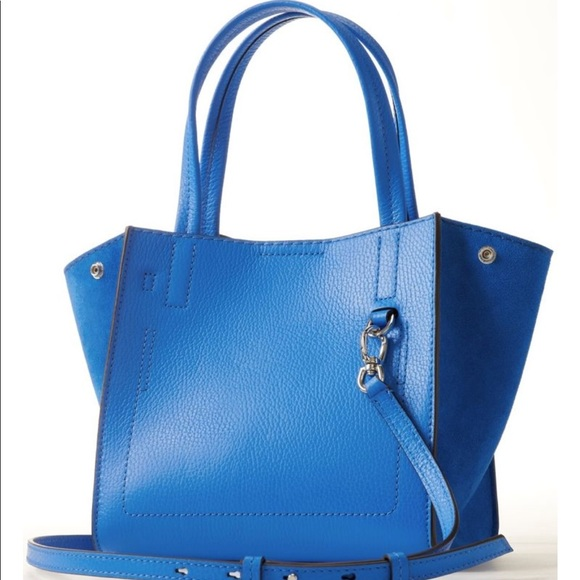 60ecbc9e50e4 Banana Republic Handbags - Banana Republic Pebbled Italian Leather Mini Tote